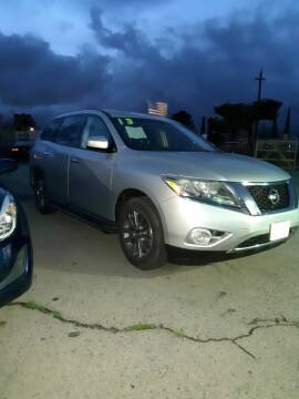 2013 Nissan Pathfinder for sale at Autosales Kingdom in Lancaster CA
