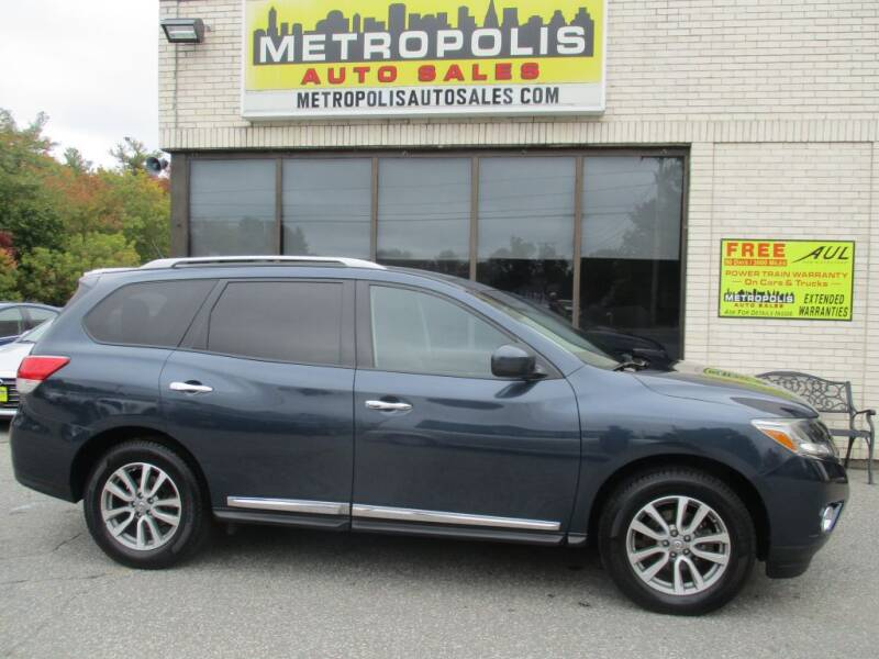 2016 Nissan Pathfinder for sale at Metropolis Auto Sales in Pelham NH