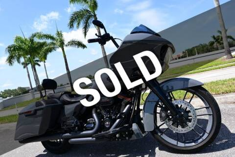 2018 HARLEY DAVIDSON ROAD GLIDE CVO for sale at MOTORCARS in West Palm Beach FL
