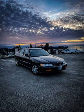 1995 Honda Accord for sale at Accolade Auto in Hillsboro OR