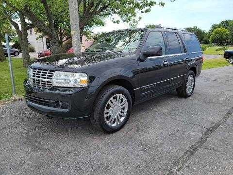 2010 Lincoln Navigator for sale at Lakeshore Auto Wholesalers in Amherst OH