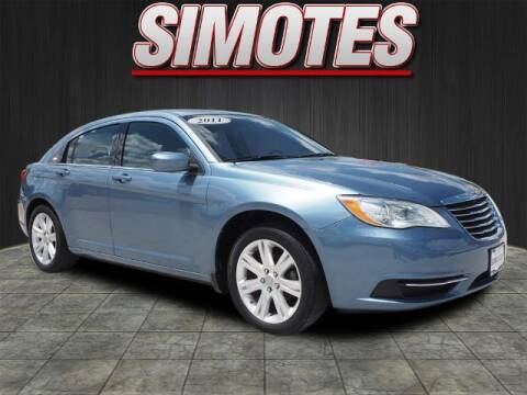 2011 Chrysler 200 for sale at SIMOTES MOTORS in Minooka IL