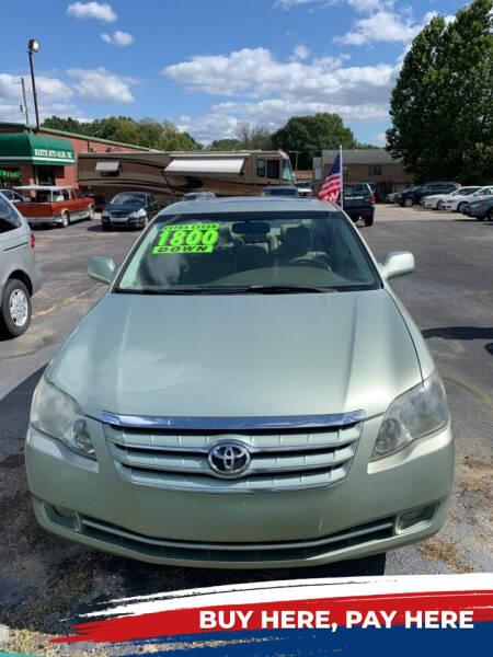 2006 Toyota Avalon for sale at MARTIN AUTO SALES INC in Millington TN
