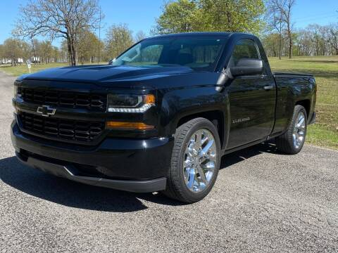 2018 Chevrolet Silverado 1500 for sale at TINKER MOTOR COMPANY in Indianola OK