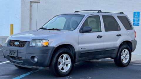 2006 Ford Escape Hybrid for sale at Carland Auto Sales INC. in Portsmouth VA