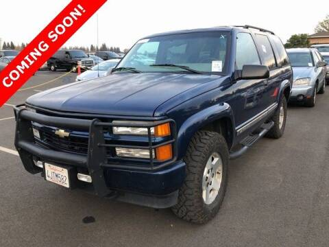 2000 Chevrolet Tahoe Limited/Z71 for sale at St. Croix Classics in Lakeland MN