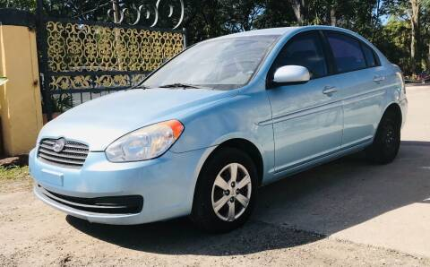 2011 Hyundai Accent for sale at Pioneers Auto Broker in Tampa FL