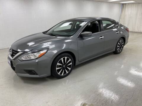2018 Nissan Altima for sale at Kerns Ford Lincoln in Celina OH