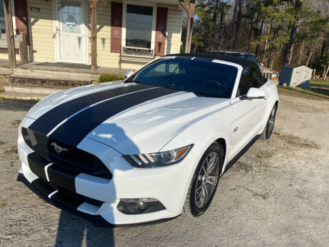 2015 Ford Mustang for sale at Southtown Auto Sales in Whiteville NC