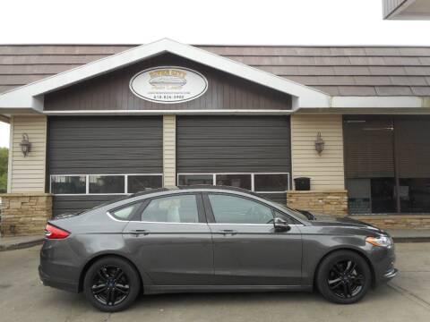 2018 Ford Fusion for sale at River City Auto Center LLC in Chester IL