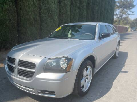 2005 Dodge Magnum for sale at River City Auto Sales Inc in West Sacramento CA
