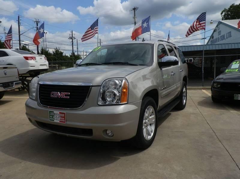 2007 GMC Yukon for sale at ASHE AUTO SALES, LLC. in Dallas TX