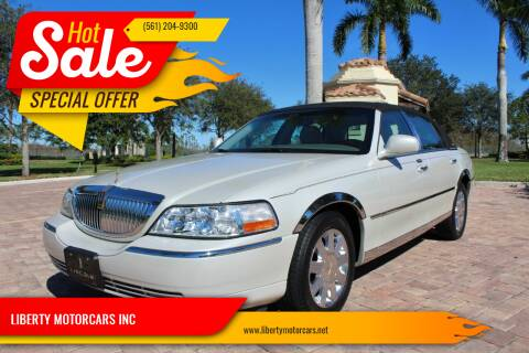 2005 Lincoln Town Car for sale at LIBERTY MOTORCARS INC in Royal Palm Beach FL
