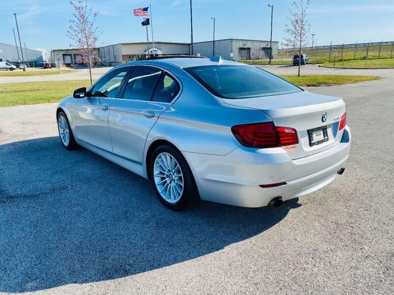 2011 BMW 5 Series AWD 535i xDrive 4dr Sedan - Saint Francis WI