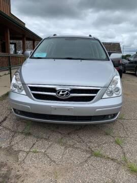 2008 Hyundai Entourage for sale at El Rancho Auto Sales in Marshall MN