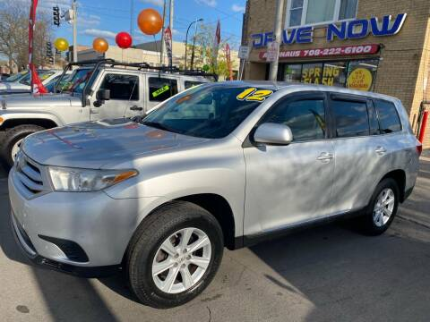 2012 Toyota Highlander for sale at Drive Now Autohaus in Cicero IL