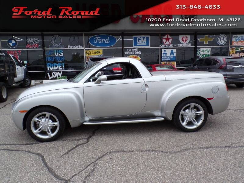 2004 Chevrolet SSR for sale at Ford Road Motor Sales in Dearborn MI