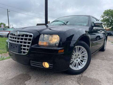 2010 Chrysler 300 for sale at Texas Select Autos LLC in Mckinney TX