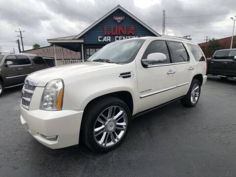 2011 Cadillac Escalade for sale at LUNA CAR CENTER in San Antonio TX