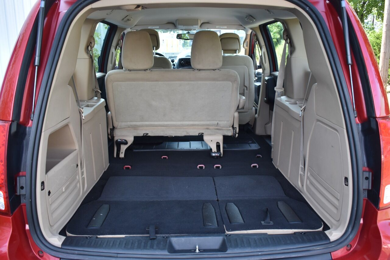 2014 Dodge Grand Caravan SE 4dr Mini Van full