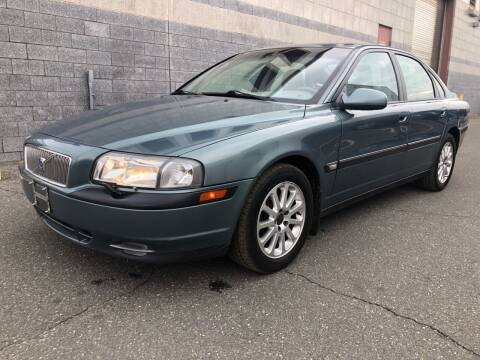 2001 Volvo S80 for sale at Autos Under 5000 + JR Transporting in Island Park NY