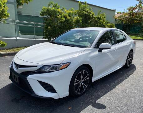 2019 Toyota Camry for sale at Meru Motors in Hollywood FL