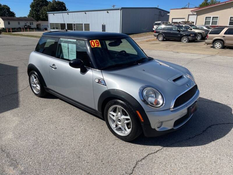 2009 MINI Cooper for sale at Brecht Auto Sales LLC in New London IA