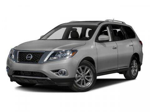 2016 Nissan Pathfinder for sale at SCOTT EVANS CHRYSLER DODGE in Carrollton GA