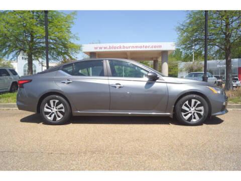2021 Nissan Altima for sale at BLACKBURN MOTOR CO in Vicksburg MS