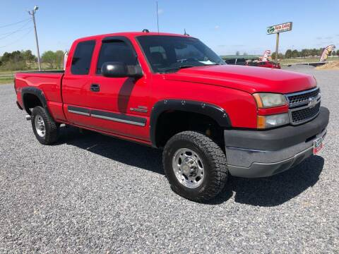 2005 Chevrolet Silverado 2500HD for sale at RAYMOND TAYLOR AUTO SALES in Fort Gibson OK