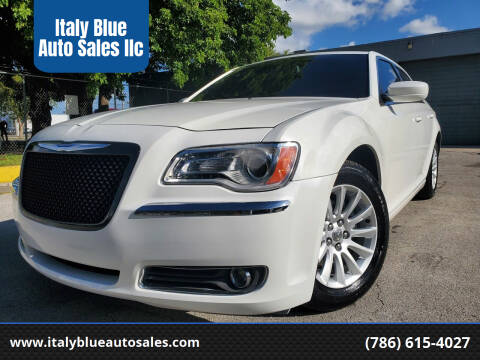 2013 Chrysler 300 for sale at Italy Blue Auto Sales llc in Miami FL