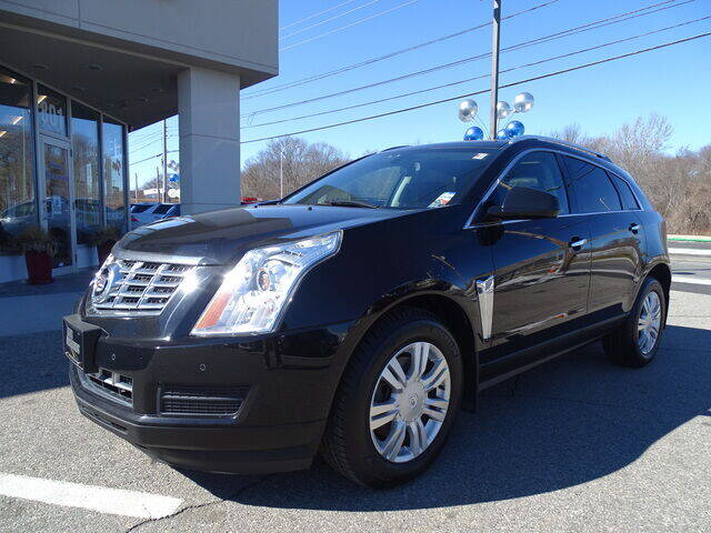 2013 Cadillac SRX for sale at KING RICHARDS AUTO CENTER in East Providence RI