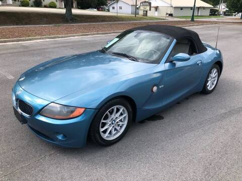 2003 BMW Z4 for sale at Diana Rico LLC in Dalton GA
