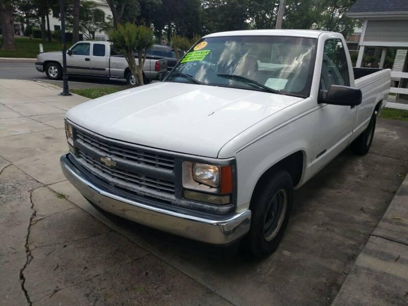 1997 Chevrolet C/K 1500 Series for sale at ROBINSON AUTO BROKERS in Dallas NC