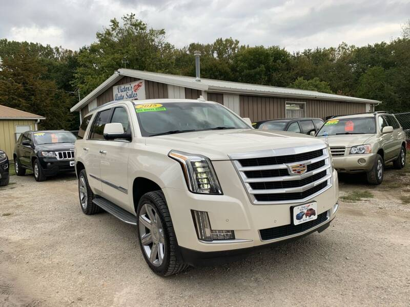 2015 Cadillac Escalade for sale at Victor's Auto Sales Inc. in Indianola IA