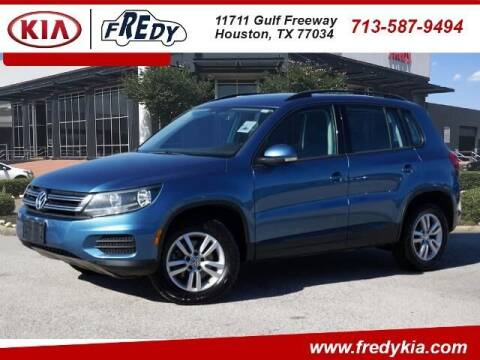 2017 Volkswagen Tiguan for sale at FREDY KIA USED CARS in Houston TX