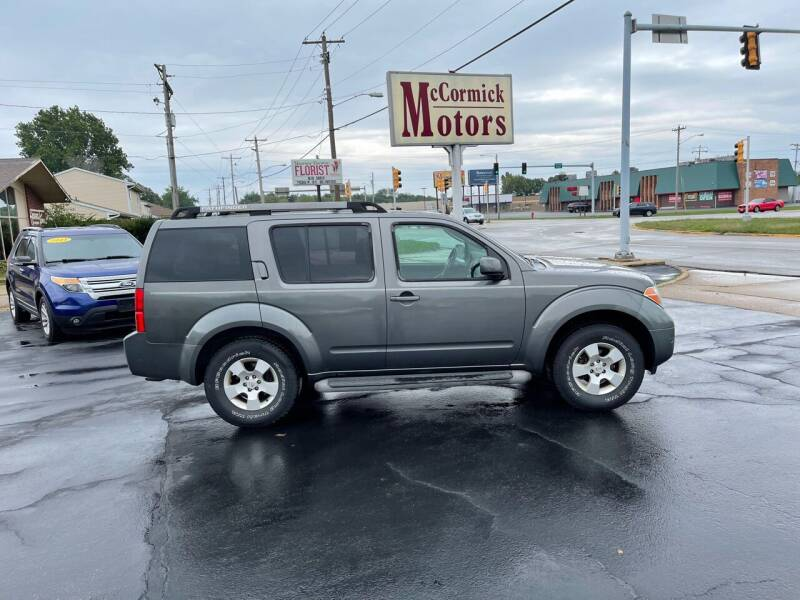 2005 Nissan Pathfinder for sale at McCormick Motors in Decatur IL