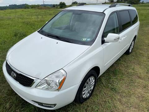 2014 Kia Sedona for sale at Linda Ann's Cars,Truck's & Vans in Mount Pleasant PA