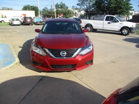 2016 Nissan Altima for sale at Discount Motor Sales LLC in Wichita KS