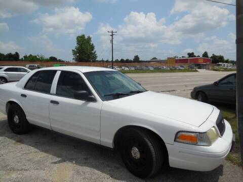 2008 Ford Crown Victoria for sale at SCOTT HARRISON MOTOR CO in Houston TX