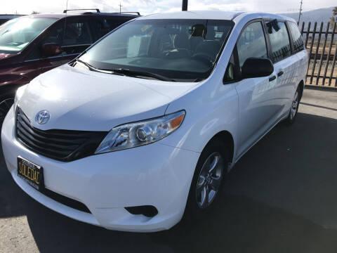 2013 Toyota Sienna for sale at Soledad Auto Sales in Soledad CA