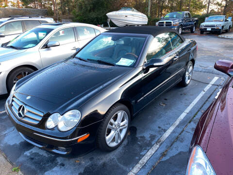 2006 Mercedes-Benz CLK for sale at TOP OF THE LINE AUTO SALES in Fayetteville NC