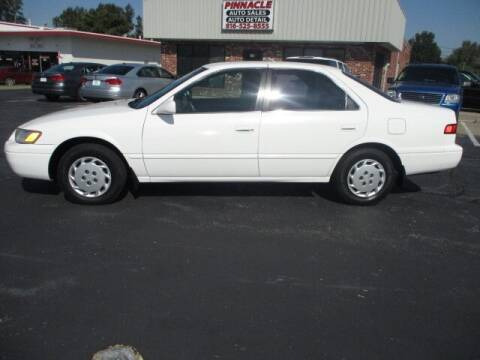 1999 Toyota Camry for sale at Pinnacle Investments LLC in Lees Summit MO