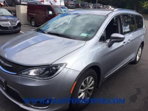 2018 Chrysler Pacifica for sale at J & M Automotive in Naugatuck CT