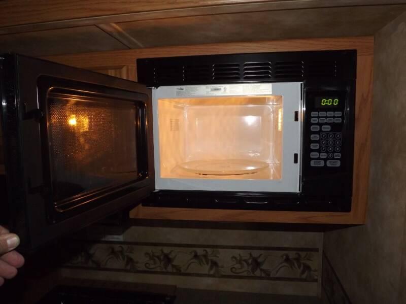 2009 Heartland Sundance 3300 SKTS   - Atlantic IA