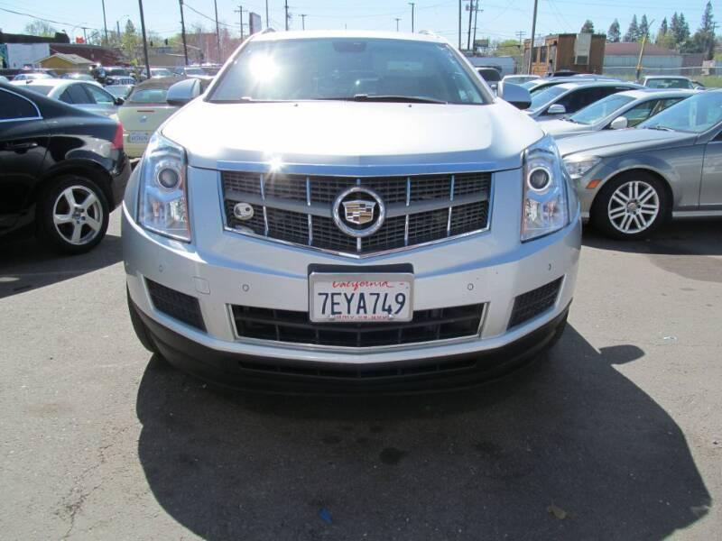 2011 Cadillac SRX for sale at Dealer Finance Auto Center LLC in Sacramento CA