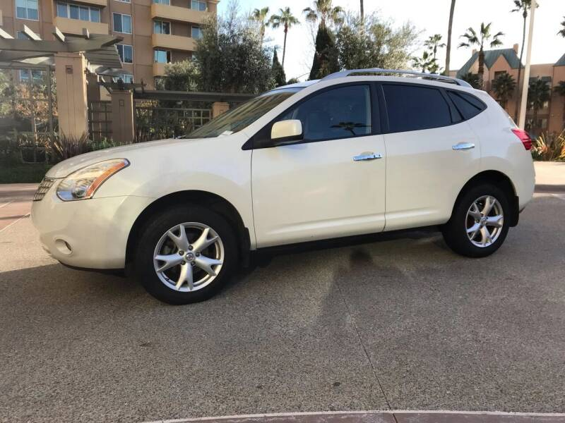 2010 Nissan Rogue for sale at CALIFORNIA AUTO GROUP in San Diego CA