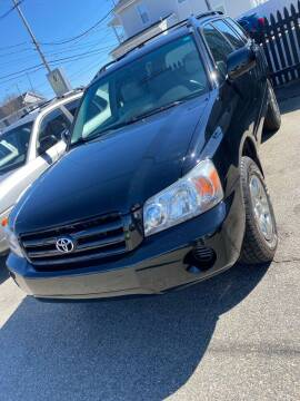 2005 Toyota Highlander for sale at Bob Luongo's Auto Sales in Fall River MA