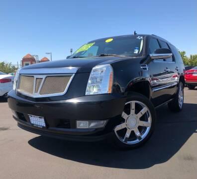 2010 Cadillac Escalade for sale at LUGO AUTO GROUP in Sacramento CA