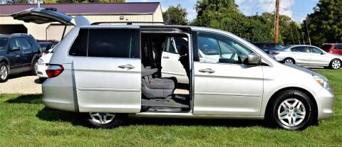 2007 Honda Odyssey for sale at PINNACLE ROAD AUTOMOTIVE LLC in Moraine OH